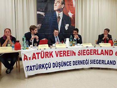 Podiumsdiskussion des Atatürk Vereins Siegerland